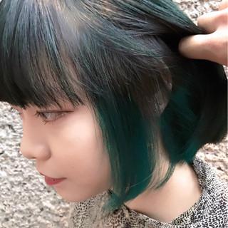 ダブルカラー ストリート グリーン ボブ ヘアスタイルや髪型の写真・画像