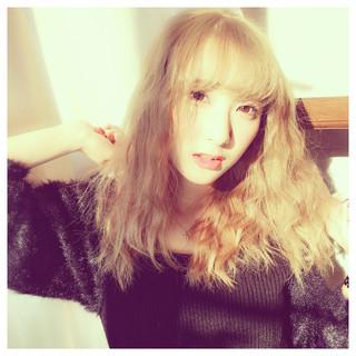 外国人風カラー グレージュ アッシュ ピュア ヘアスタイルや髪型の写真・画像