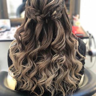 外人ヘア バレイヤージュ 結婚式 ロング ヘアスタイルや髪型の写真・画像