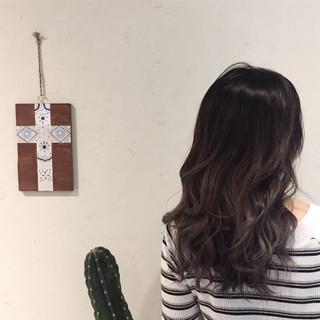 セミロング アウトドア ナチュラル 涼しげ ヘアスタイルや髪型の写真・画像