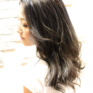 暗髪 リラックス ナチュラル 透明感 ヘアスタイルや髪型の写真・画像