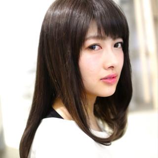 大人かわいい レイヤーカット 黒髪 セミロング ヘアスタイルや髪型の写真・画像