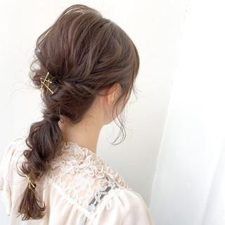 アンニュイほつれヘア ヘアアレンジ 簡単ヘアアレンジ 大人可愛い ヘアスタイルや髪型の写真・画像