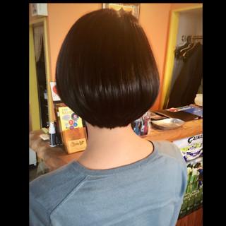 ストリート ナチュラル ショートボブ かわいい ヘアスタイルや髪型の写真・画像 ヘアスタイルや髪型の写真・画像
