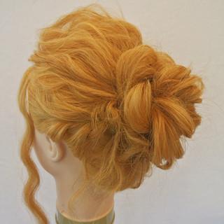 ナチュラル まとめ髪 ロング 編み込み ヘアスタイルや髪型の写真・画像 ヘアスタイルや髪型の写真・画像