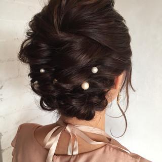 二次会 ミディアム アンニュイほつれヘア 上品 ヘアスタイルや髪型の写真・画像 ヘアスタイルや髪型の写真・画像