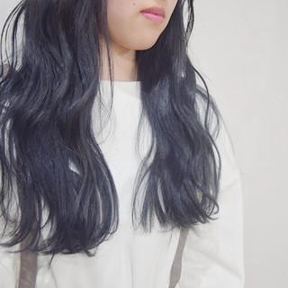 ネイビーカラー ネイビーブルー 360度どこからみても綺麗なロングヘア 黒髪 ヘアスタイルや髪型の写真・画像
