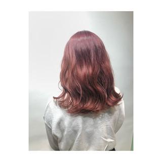 ミディアム 透明感 ガーリー ピンクバイオレット ヘアスタイルや髪型の写真・画像