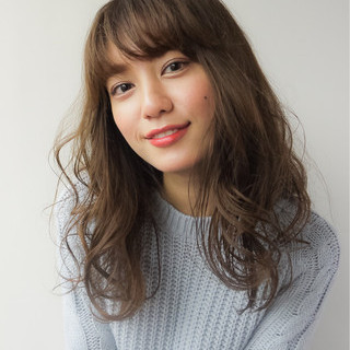 フェミニン 大人かわいい オフィス バレンタイン ヘアスタイルや髪型の写真・画像