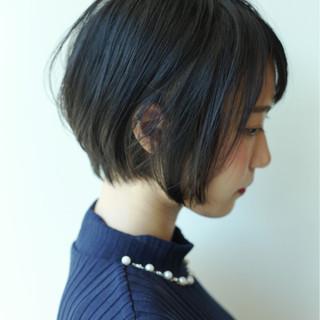 ショート デート ナチュラル オフィス ヘアスタイルや髪型の写真・画像