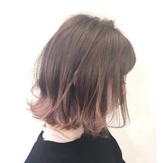 アッシュ ナチュラル ニュアンス フリンジバング ヘアスタイルや髪型の写真・画像