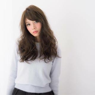 大人かわいい フェミニン 暗髪 セミロング ヘアスタイルや髪型の写真・画像