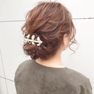 ナチュラル 結婚式 簡単ヘアアレンジ セミロング ヘアスタイルや髪型の写真・画像