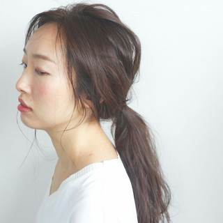 ロング ヘアアレンジ アンニュイ 簡単ヘアアレンジ ヘアスタイルや髪型の写真・画像