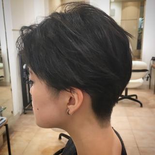 刈り上げ ツーブロック モード ショート ヘアスタイルや髪型の写真・画像