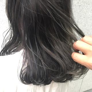 外国人風 ストリート セミロング ハイライト ヘアスタイルや髪型の写真・画像