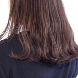重ため ナチュラル ロング ウェーブ ヘアスタイルや髪型の写真・画像 ヘアスタイルや髪型の写真・画像