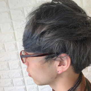 ナチュラル パーマ メンズ ショート ヘアスタイルや髪型の写真・画像