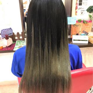 透明感 ストリート ロング グラデーションカラー ヘアスタイルや髪型の写真・画像 ヘアスタイルや髪型の写真・画像