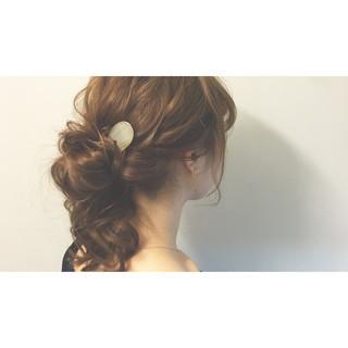 ショート お団子 メッシーバン ヘアアレンジ ヘアスタイルや髪型の写真・画像