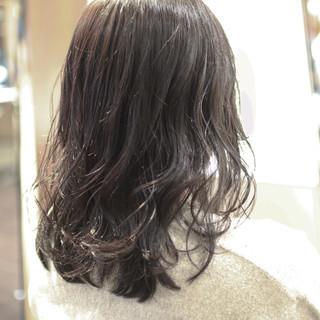 成人式 黒髪 パーマ アウトドア ヘアスタイルや髪型の写真・画像 ヘアスタイルや髪型の写真・画像