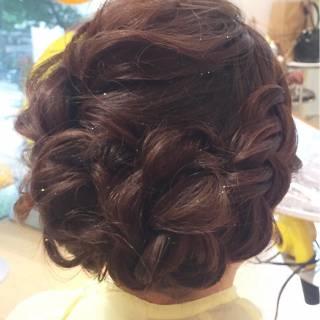 フェミニン 結婚式 編み込み ミディアム ヘアスタイルや髪型の写真・画像