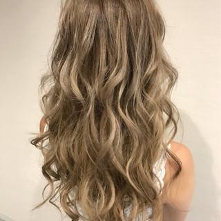 ピンク グレージュ ロング モード ヘアスタイルや髪型の写真・画像