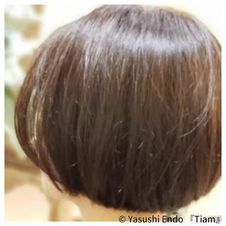 まとまるボブ モード ボブ イルミナカラー ヘアスタイルや髪型の写真・画像