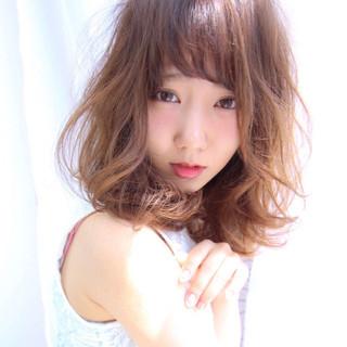 くせ毛風 透明感 大人かわいい ゆるふわ ヘアスタイルや髪型の写真・画像 ヘアスタイルや髪型の写真・画像