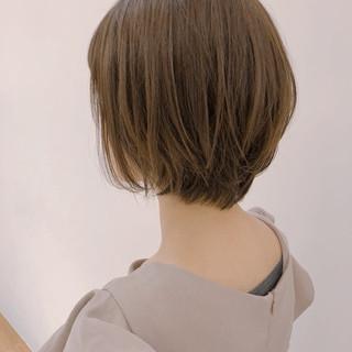 グレージュ 色気 大人かわいい ショート ヘアスタイルや髪型の写真・画像