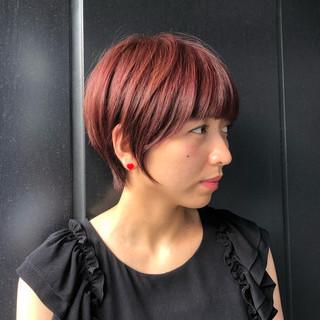 フェミニン ショートボブ ハンサムショート マッシュショート ヘアスタイルや髪型の写真・画像
