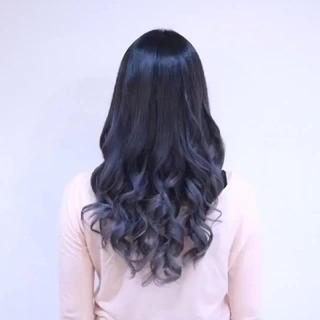 モード グレージュ シルバー ロング ヘアスタイルや髪型の写真・画像