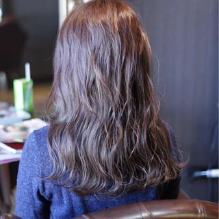 愛され ストリート 大人かわいい 外国人風 ヘアスタイルや髪型の写真・画像 ヘアスタイルや髪型の写真・画像