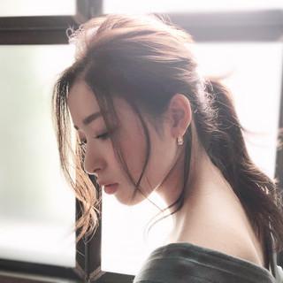 アンニュイほつれヘア イルミナカラー セミロング エレガント ヘアスタイルや髪型の写真・画像