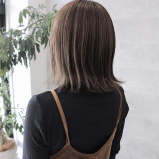 デート 外ハネ 愛され こなれ感 ヘアスタイルや髪型の写真・画像