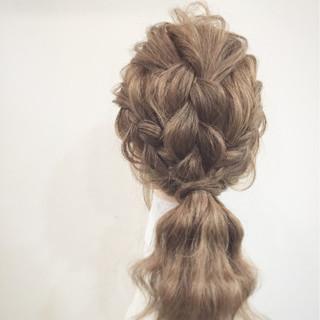 三つ編み 簡単ヘアアレンジ 大人かわいい ヘアアレンジ ヘアスタイルや髪型の写真・画像 ヘアスタイルや髪型の写真・画像