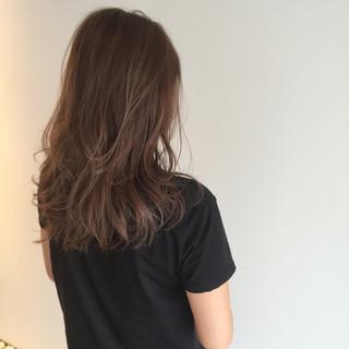ハイライト セミロング ベージュ ブラウン ヘアスタイルや髪型の写真・画像