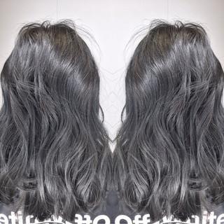 セミロング ストリート 透明感 アッシュ ヘアスタイルや髪型の写真・画像