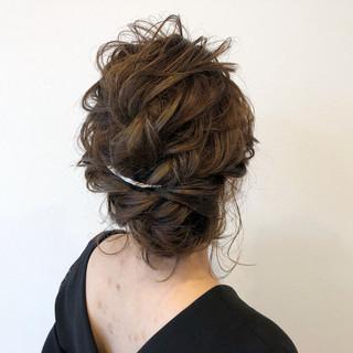 イルミナカラー ヘアアレンジ 上品 結婚式 ヘアスタイルや髪型の写真・画像 ヘアスタイルや髪型の写真・画像