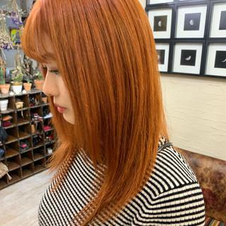 ハイトーン セミロング ブリーチ ガーリー ヘアスタイルや髪型の写真・画像