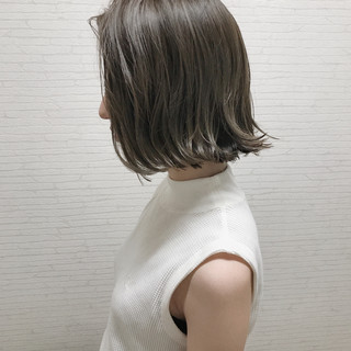 外ハネ アウトドア 外国人風カラー リラックス ヘアスタイルや髪型の写真・画像