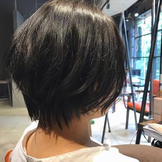 ラベンダーアッシュ oggiotto ハンサムショート 大人可愛い ヘアスタイルや髪型の写真・画像