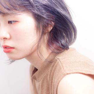 アッシュグレージュ ボブ 切りっぱなし 外国人風カラー ヘアスタイルや髪型の写真・画像