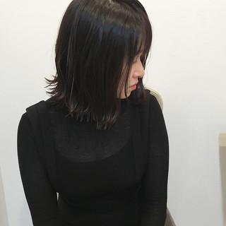 ダークアッシュ 地毛風カラー ボブ 外はね ヘアスタイルや髪型の写真・画像