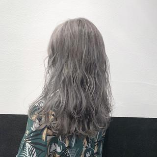 ホワイトカラー ストリート ブリーチ ハイトーンカラー ヘアスタイルや髪型の写真・画像