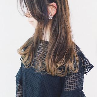 ゆるふわ バレイヤージュ セミロング ハイライト ヘアスタイルや髪型の写真・画像