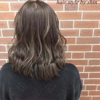 ナチュラル ミルクティー 色気 ボブ ヘアスタイルや髪型の写真・画像