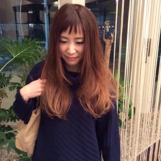 ゆるふわ ピンク 外国人風 グラデーションカラー ヘアスタイルや髪型の写真・画像