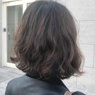 パーマ ナチュラル ボブ ウェーブ ヘアスタイルや髪型の写真・画像