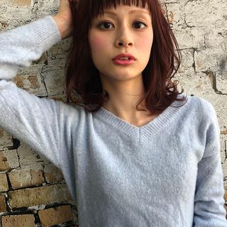 ピンク ウェットヘア フェミニン ロブ ヘアスタイルや髪型の写真・画像